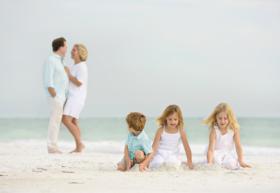 Memorable Family Portrait Beach